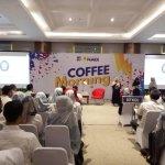 Tiga mahasiswa kimia melakukan pemaparan riset atas undangan PT Indonesia Power di Jakarta